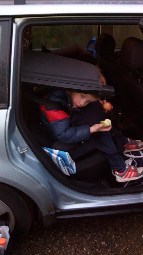 We zijn afgelopen jaar een paar keer op en neer naar Nederland gereden. Soms zat de auto wel errug vol spullen..